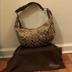 Coach khaki shoulder bag 💼